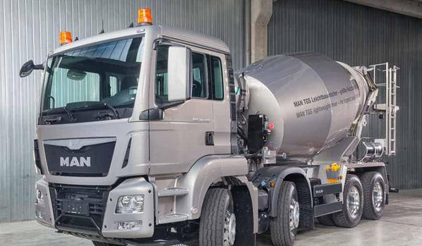 man曼恩卡车及发动机产品亮相德国bauma展