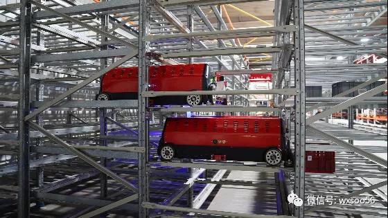 案例精选 | 箱式四向穿梭车系统在服装制造仓的创新应用