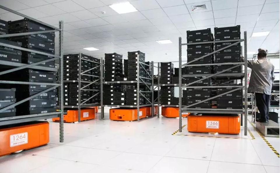 800台机器人打造国内电子制造行业大规模智慧内物流方案